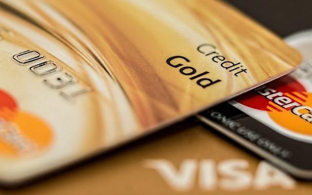 Karta kredytowa a debetowa – różnice i podobieństwa