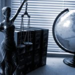 Rozwód i podział majątku - kiedy zgłosić się do prawnika?