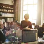Jak archiwizować dokumenty w biurze?